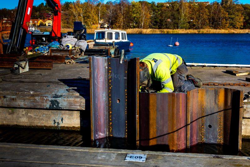 Sjösättningskaj stålspontning